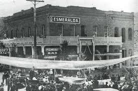 Twain - esmeralda hotel
