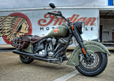 Cool-NEW-Indian-Motorcycle-at-the-Southeastern-Nationals-by-Carolinadoug