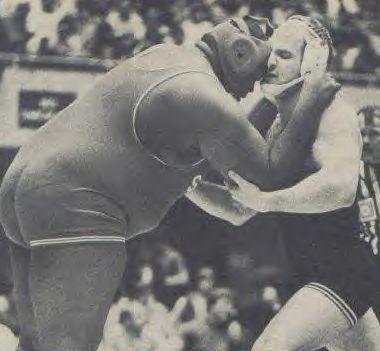 Lou_Banach_vs_Tab_Thacker_1982_NCAAs_2d_round