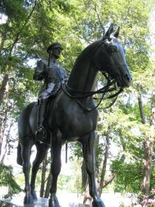 Sir_John_Dill_statue@arlington_nation_cemetery