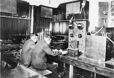 marconi_wireless_school_nyc_1912