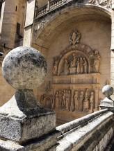 Statues 3-2