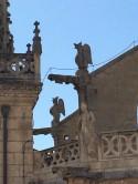 Statues 3-3