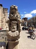 Statues 4-2