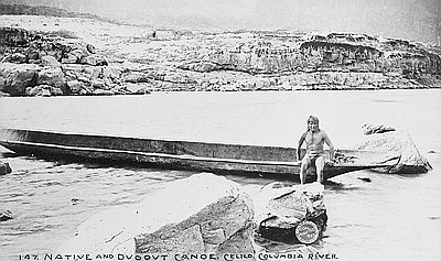 Indian-Man-in-Dugout-Canoe-on-Columbia-River-1897-FSDM2